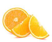 Orange frukt hälften och två segment eller cantles — Stockfoto