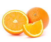 Whole orange fruit and his segments or cantles — Foto Stock