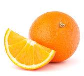 Fruta toda laranja e seu segmento ou cantle — Foto Stock