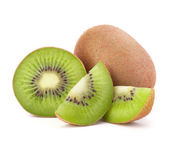Whole kiwi fruit and his sliced segments — ストック写真