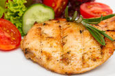 Closeup of grilled chicken fillet with vegetable salad — Stock Photo