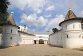 Holy gate of Andronikov monastery — Stock Photo
