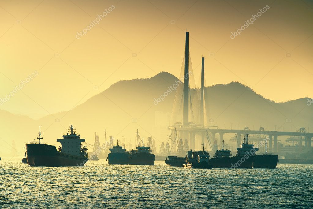 Ship and sunset in the ocean — Stock Photo #12544455