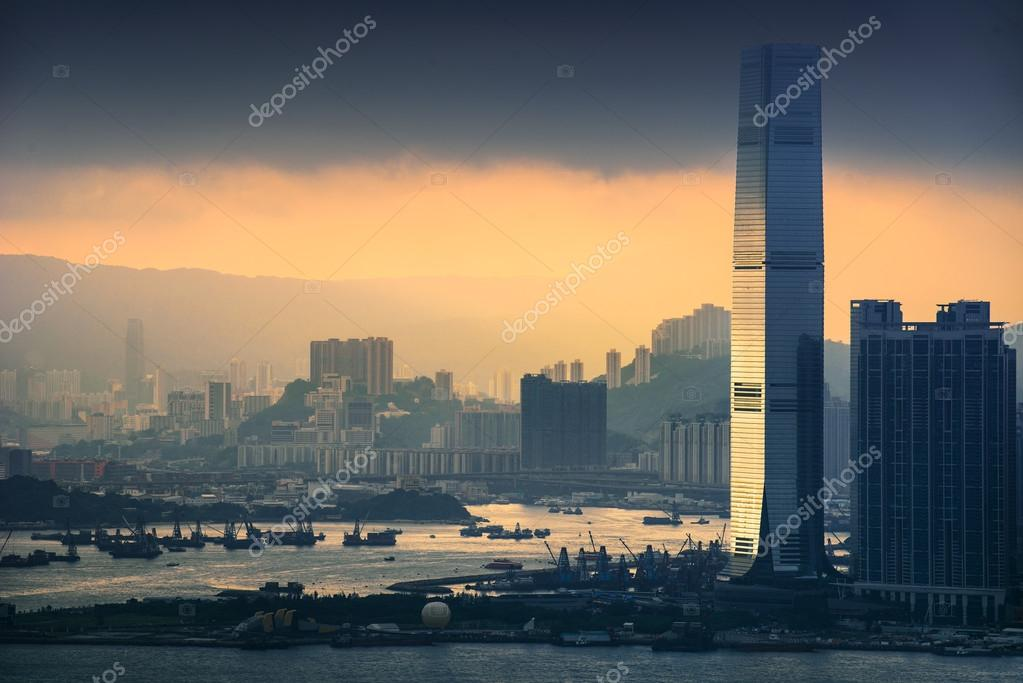 Beautiful HongKong cityscape at sunset — Stock Photo #12544478