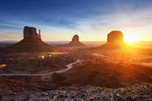 Monument Valley at sunrise — Stock Photo