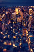 New York Manhattan at night with soft focus — Stock Photo