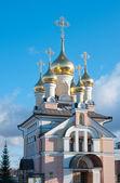 церковь нашей леди хелиоса цвета, россия — Стоковое фото