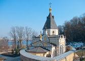 生命を与える教会春、キエフ ・ ペチェールシク大修道院 — ストック写真