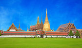 Grand Palace and Temple of Emerald Buddha — Stock Photo