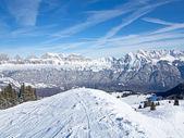 Paesaggio di stagione invernale svizzero — Foto Stock