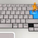 Tastatur-Puppe, die ich mag — Stockfoto #21286937