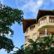 Hotel in the tropics — Stockfoto