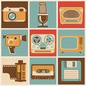 Retro media objects. — Stock Vector