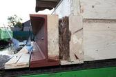 Détail des poutres d'acier sur la maison préfabriquée — Photo