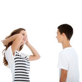 Young teenage couple talking Young teenage couple talking — Stockfoto
