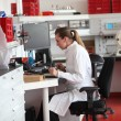 Female laboratory technician in the lab — Stock Photo