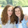 Two beautiful young teenage girls — Stockfoto