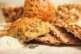 Rulo, crispbread ve un — Stok fotoğraf