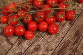 Röda körsbärstomater — Stockfoto
