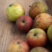 свежие красные яблоки — Стоковое фото