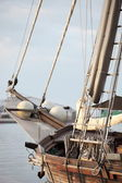 Rigging of a wooden sailboat or yacht — Stock Photo