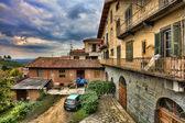 Traditional courtyard. Barolo, Italy. — Stock Photo