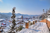 Cidade sob a neve. corneliano d — Foto Stock