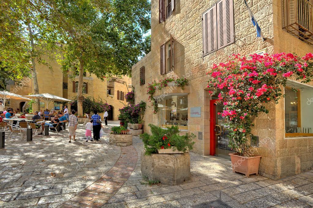 Calle de barrio judío en Jerusalén, israel — Foto ...