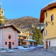 Town square and small chapel in Limone Piemonte. — Stock Photo