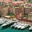 Yachts and modern buildings in Monte Carlo, Monaco. — Stock Photo
