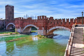 Castelvecchio bridge across the river. — Stock Photo