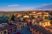 Small town at sunset in Italy. — Stock Photo