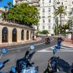 Policeman on the roadway in Monte Carlo, Monaco. — Stock Photo