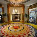 Burj al arab is a luxury 5 stars hotel — Stock Photo #43029489