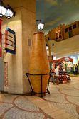 Interior del moderno centro comercial, dubay, oae — Foto de Stock