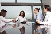 Business agreement among businesspeople — Stock Photo