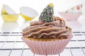 Cupcake with chocolate buttercream — Stock Photo