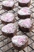 Pembe ışıltı ile sevgililer günü kurabiye — Stok fotoğraf