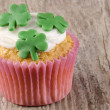 Irish st patricks day cupcake — Stock Photo
