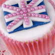 Vanillcupcake with flag of united kingdom — Stock Photo #36361587