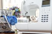 Швейная машина — Стоковое фото