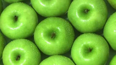 Granny Smith apples rotating — Stock Video