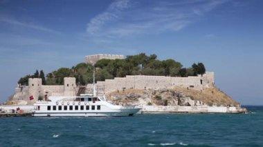Pigeon Island in Kusadasi, Turkey — Stock Video