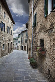 Ancient alleyway (Montalcino. Tuscany, Italy) — Stock Photo