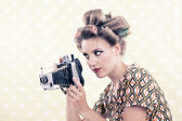 Woman holding Vintage 4x6 Film Camera — Stock Photo