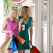 Two Women Window Shopping — Stockfoto