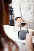 NFC Payment Using Mobile Phone — Stock Photo