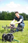 Ingenjör fastställande uav drone — Stockfoto
