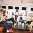 Friends Applauding For People Bowling — Stock Photo