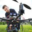 Technician Fixing Camera On Spy Drone — Foto de Stock